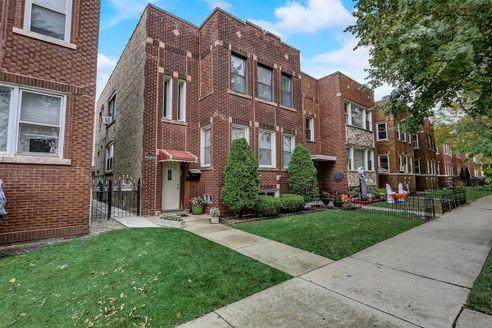 2832 North Austin Avenue, Chicago